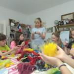 Мастер-класс по валянию из шерсти от творческого детского клуба Шале в Измайлово в Москве