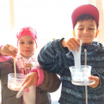 Мастер-класс по слаймам от педагогов детского творческого лагеря Шале в Измайлово